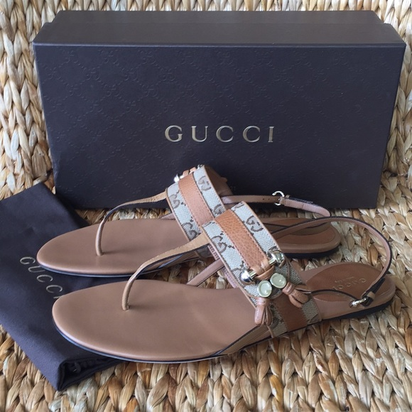 e148018a840 NIB Gucci Marrakech Tan Logo Thong Sandals 40 9M